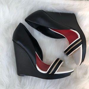 Charles Jourdan black leather wedges 7.5